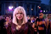 Courtney Love: atacada en París ¡por multitud de taxistas!