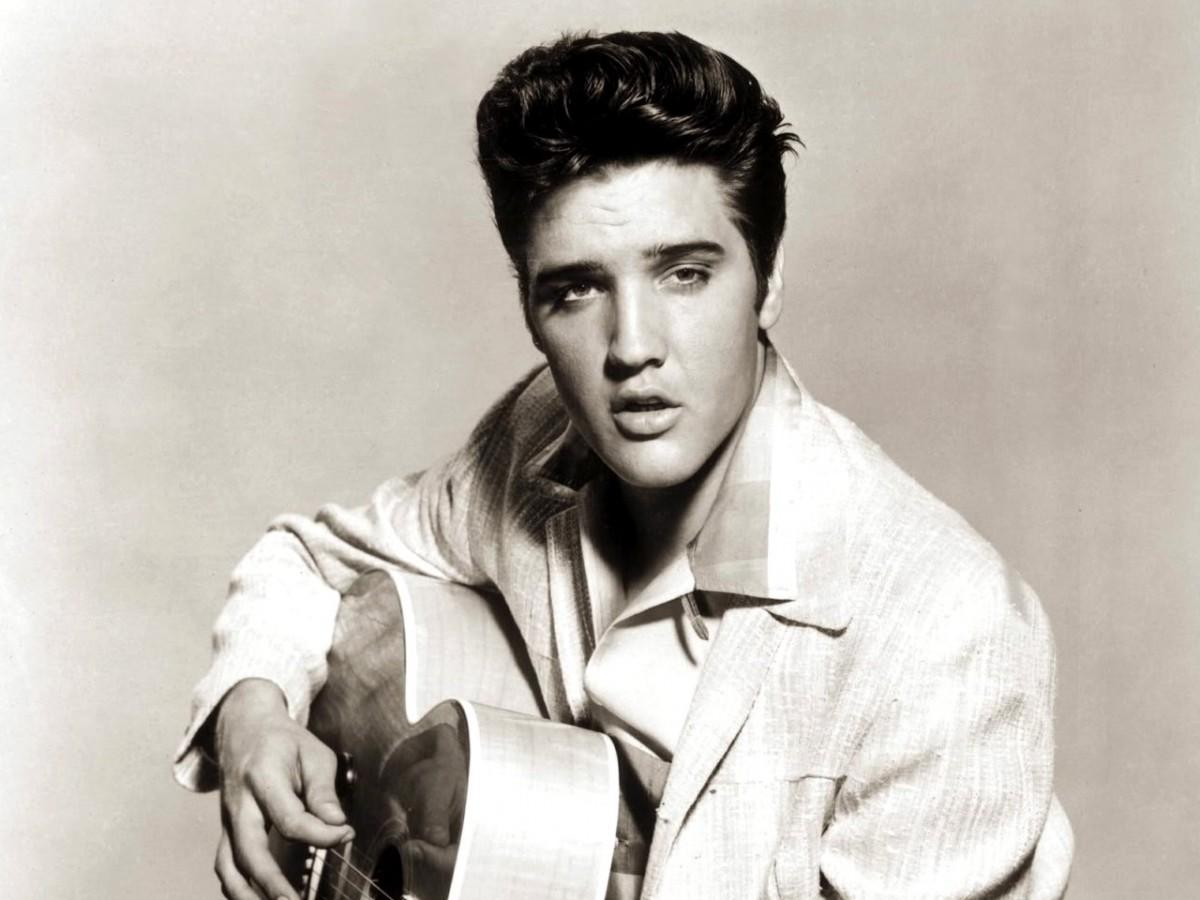 Elvis Presley cantando en español se vuelve viral
