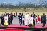 Visita Papal: ¡FRANCISCO ya se encuentra pisando tierra sudamericana!
