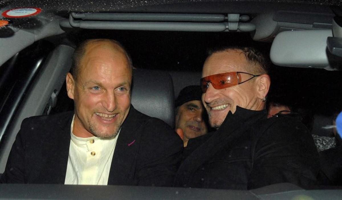 """U2 presenta """"Song For Someone"""", cortometraje protagonizado por Woody Harrelson"""