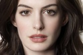 Anne Hathaway sufre discriminación