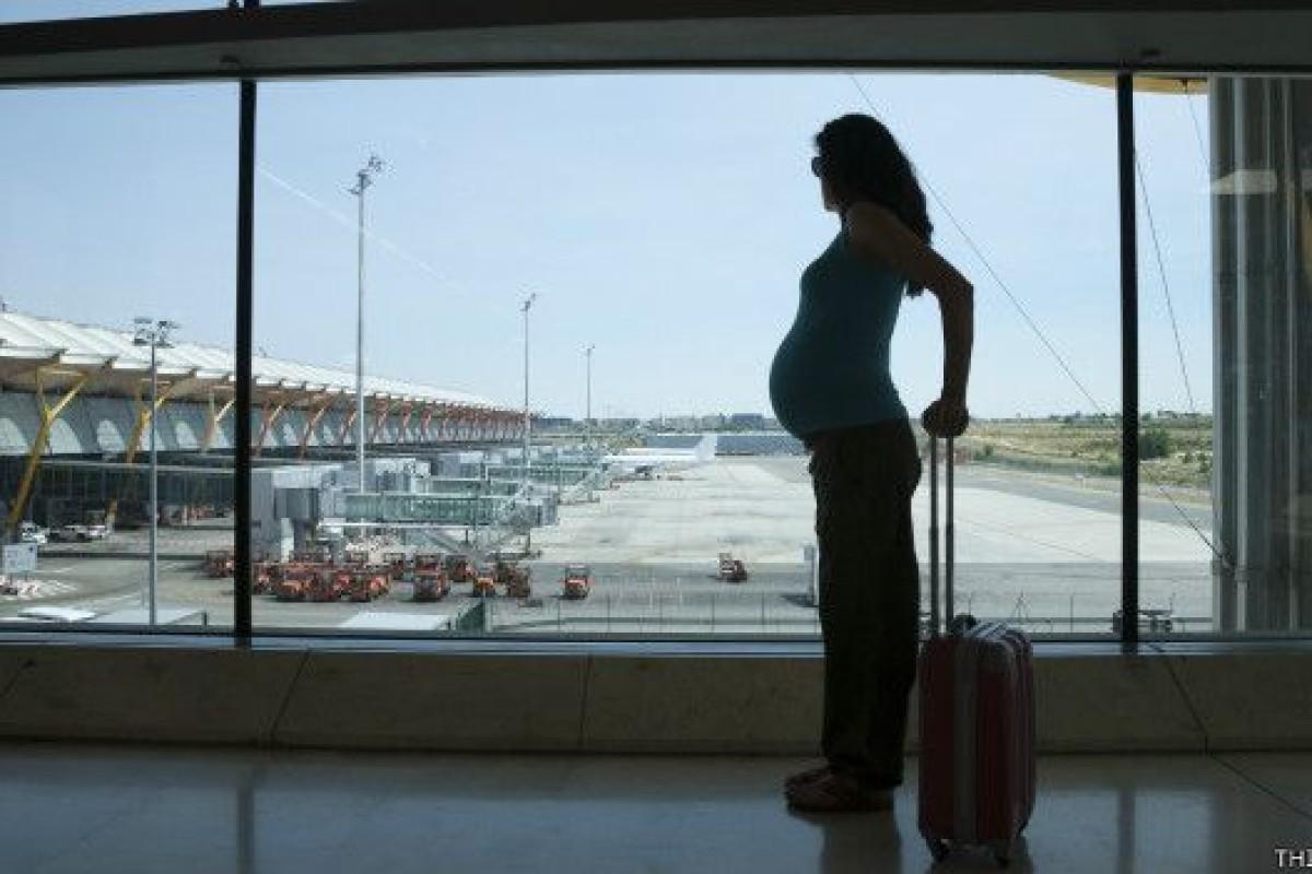 Si naces en un avión… ¿pasajes gratis de por vida?