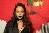 Rihanna reveló el nombre y la portada de su nuevo disco.