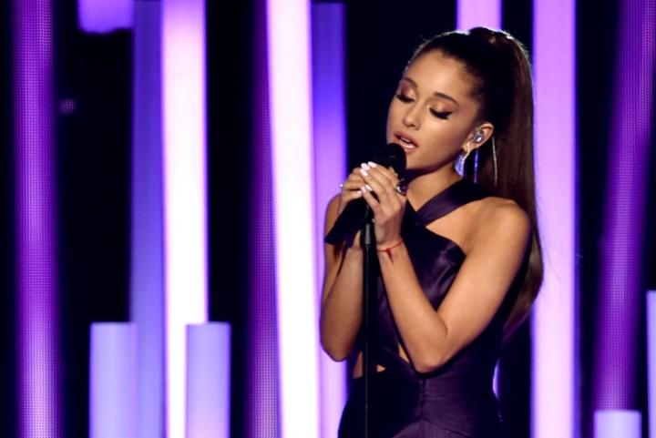 Ariana Grande Bate su Propio Récord en la Lista Billboard