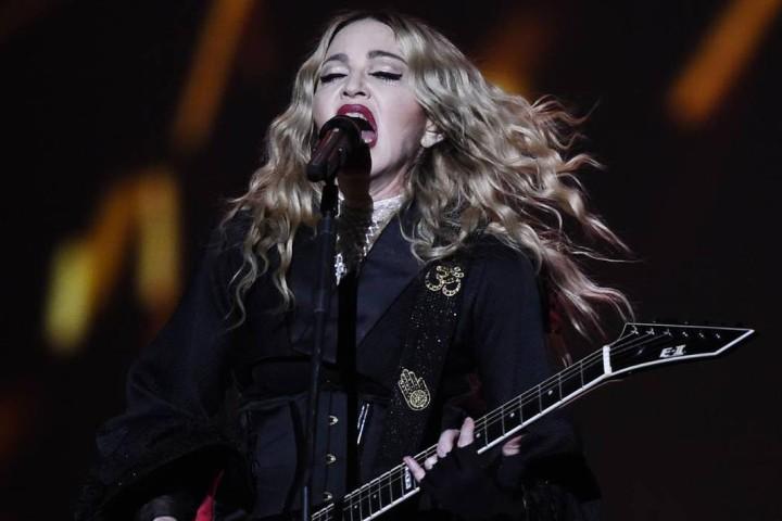 Madonna lloró por las víctimas de París