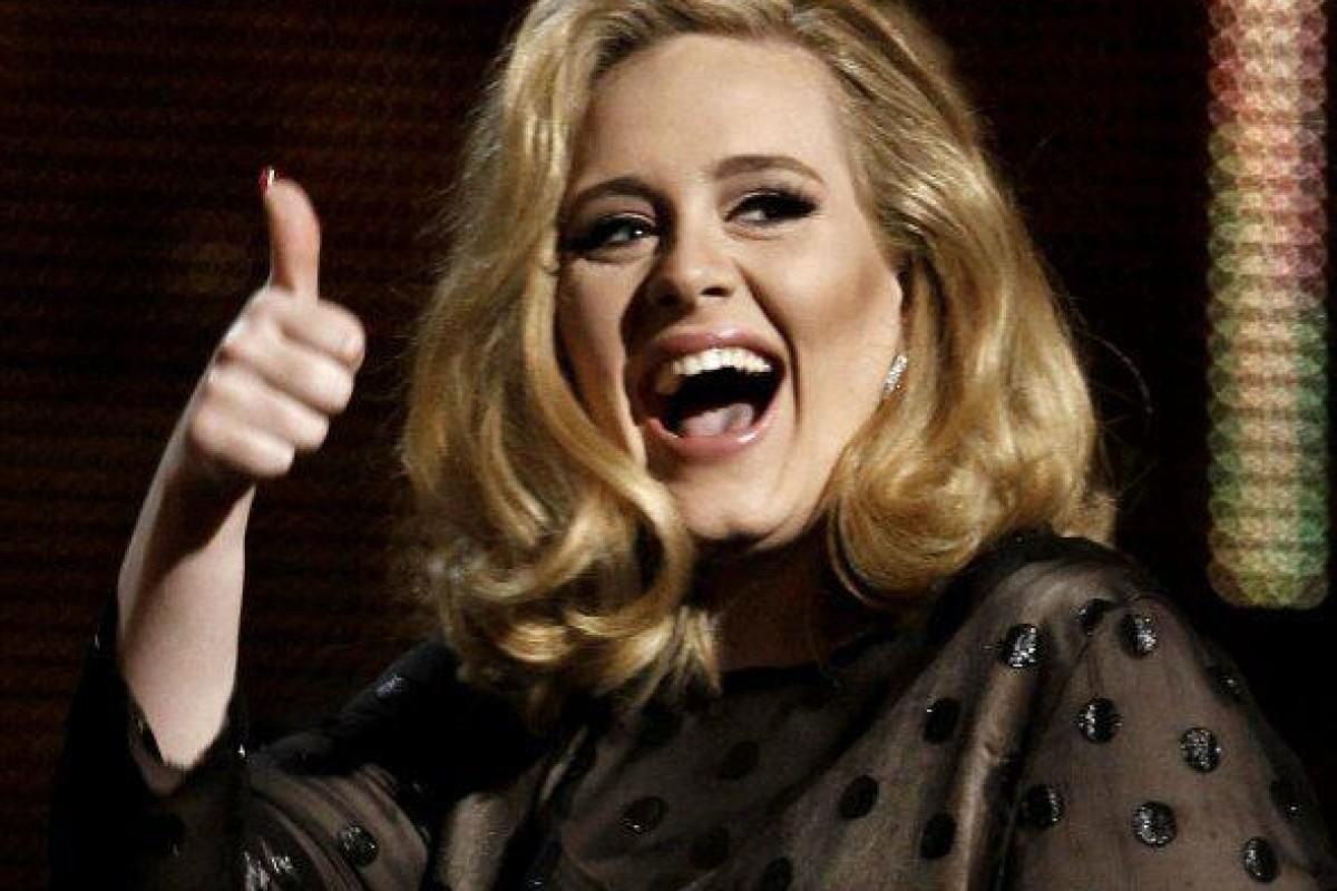 '25', álbum de Adele: 2.5 millones de copias en tres días