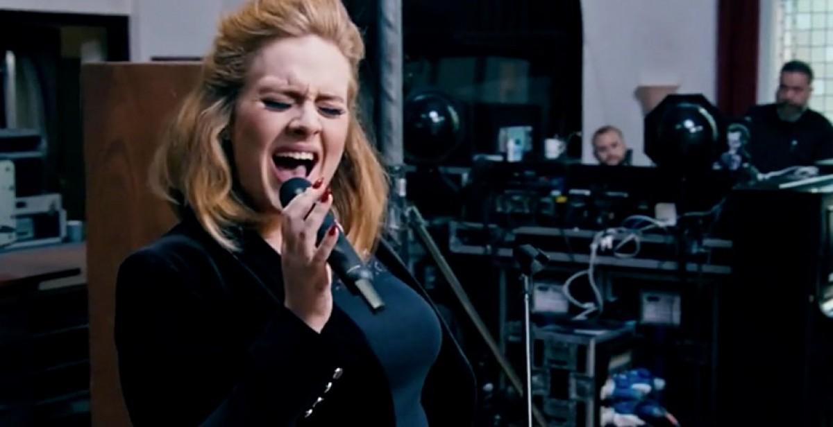 """Adele lanza su nuevo single """"When We Were Young"""""""