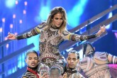 Jennifer Lopez abrio los American Music Awards 2015