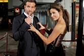 Sandra Bullock y Bradley Cooper se estrellan en taquilla