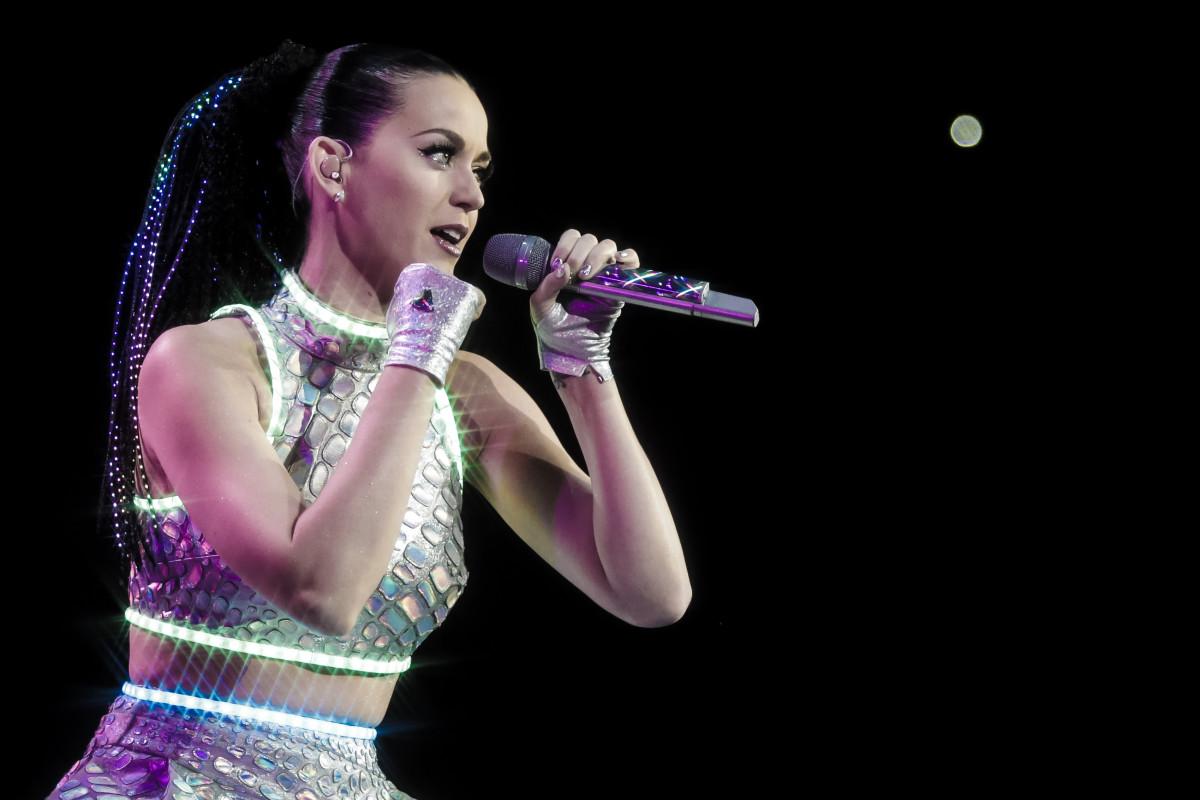 Katy Perry es la mejor pagada del 2015.