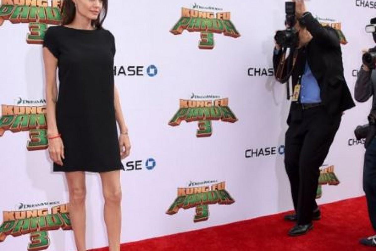 Angelina Jolie llama la atención por sus delgadez
