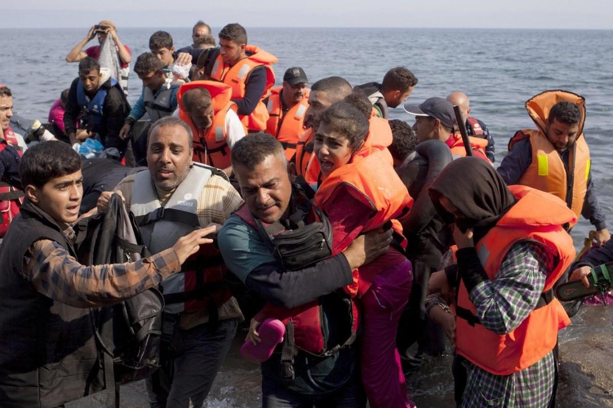 ONG denuncia muerte de un sirio tras días de cola en Berlín