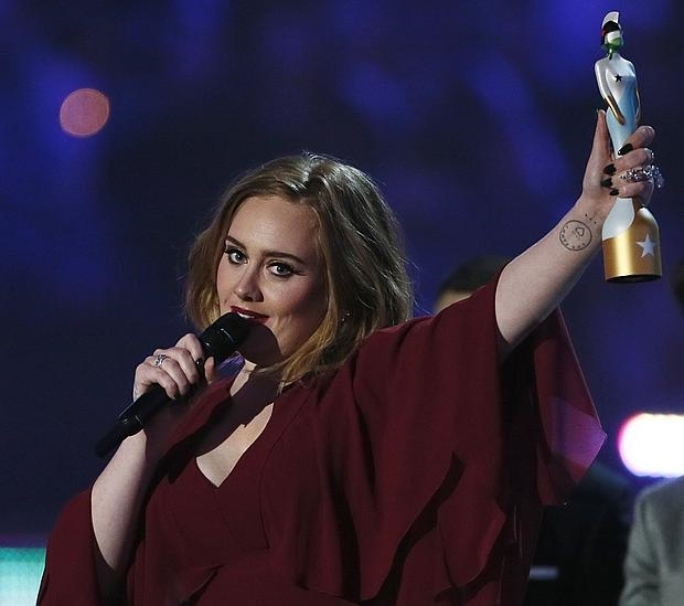 ADELE-BRIT-AWARDS--620x549