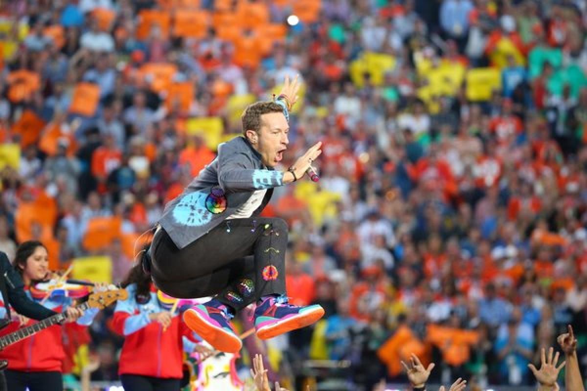 VIDEO: El Halftime Show del SuperBowl con Coldplay, Beyoncé y Bruno Mars
