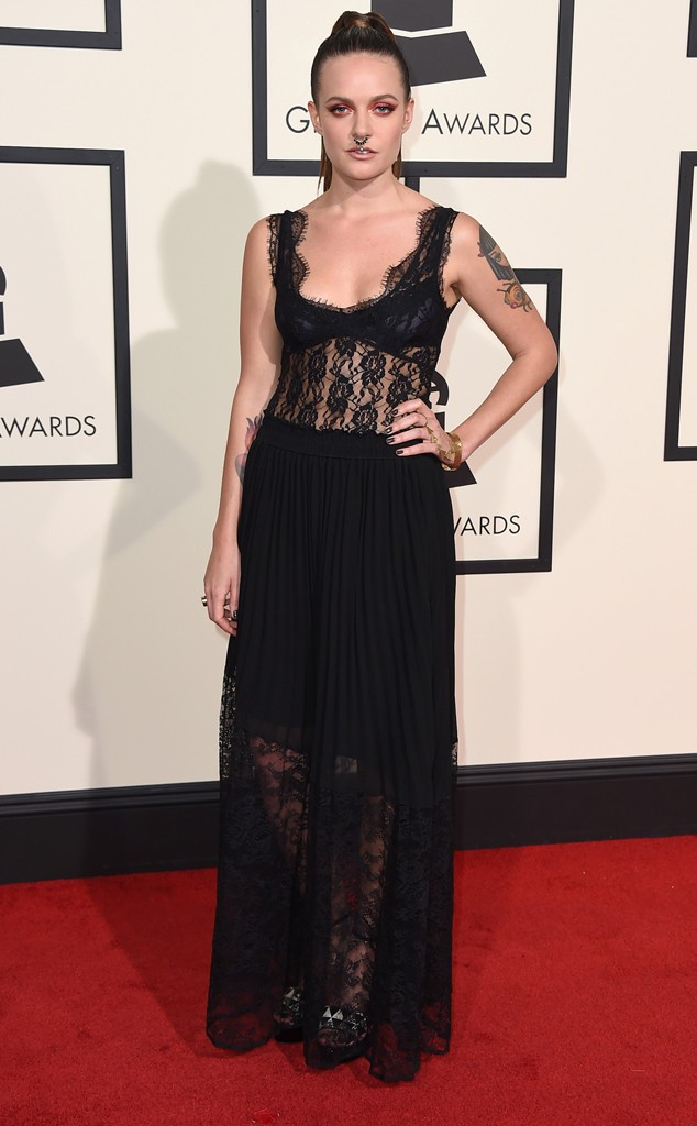 rs_634x1024-160215160206-634-tove-lo-grammy-awards-arrivals-21516