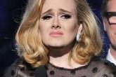 """Adele se disculpa en Twitter: """"no volverá a pasar"""""""