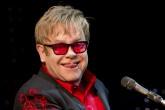 Sir Elton John donará $6.2M para fundación