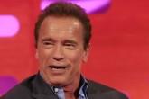 Arnold Schwarzenegger disgustado en una entrevista