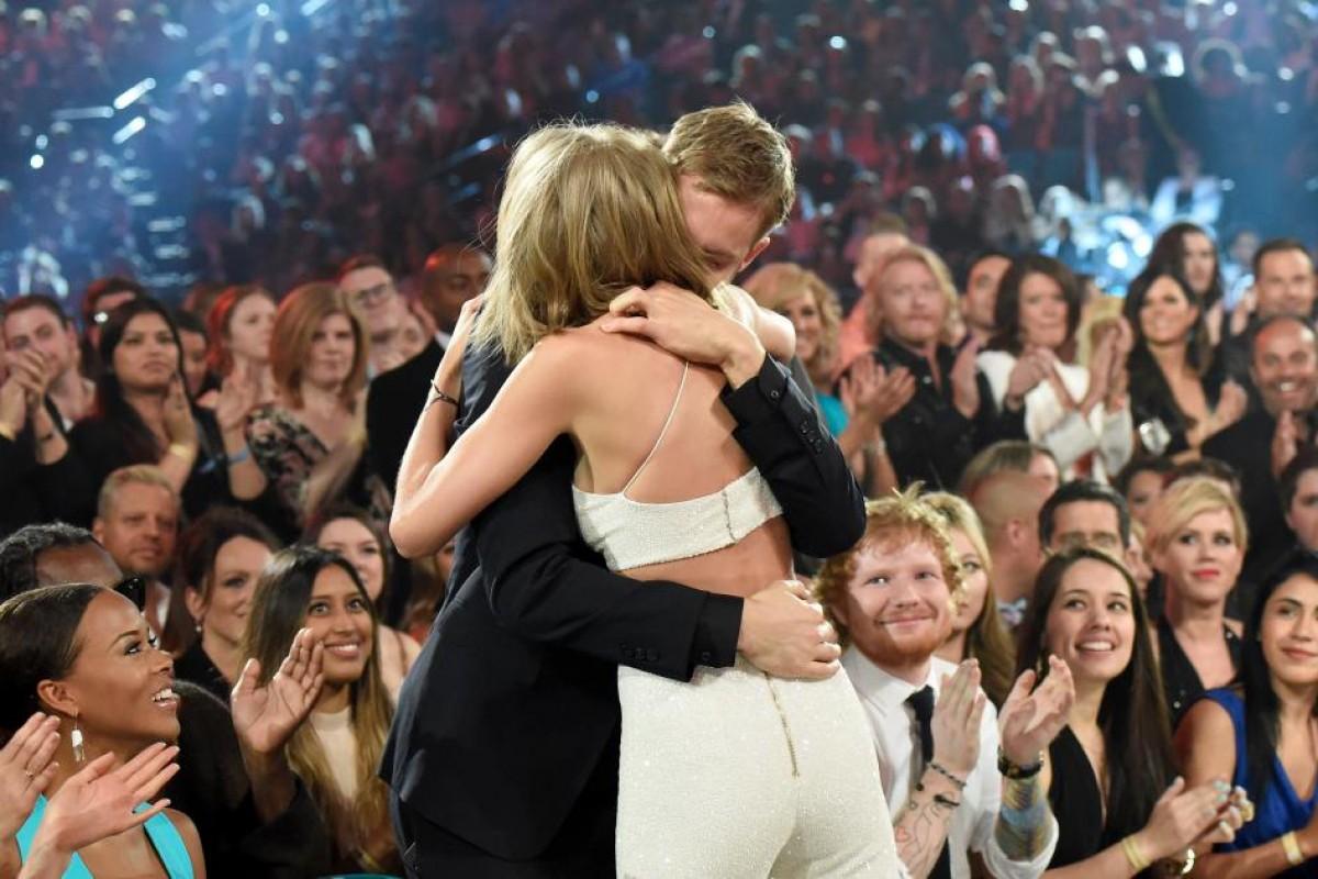 [FOTOS] Taylor Swift y Calvin Harris celebran su aniversario