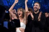 Taylor Swift aparece en una fiesta donde se presentó Calvin Harris