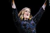 Adele se convierte en la cantante más rica en la historia de Gran Bretaña