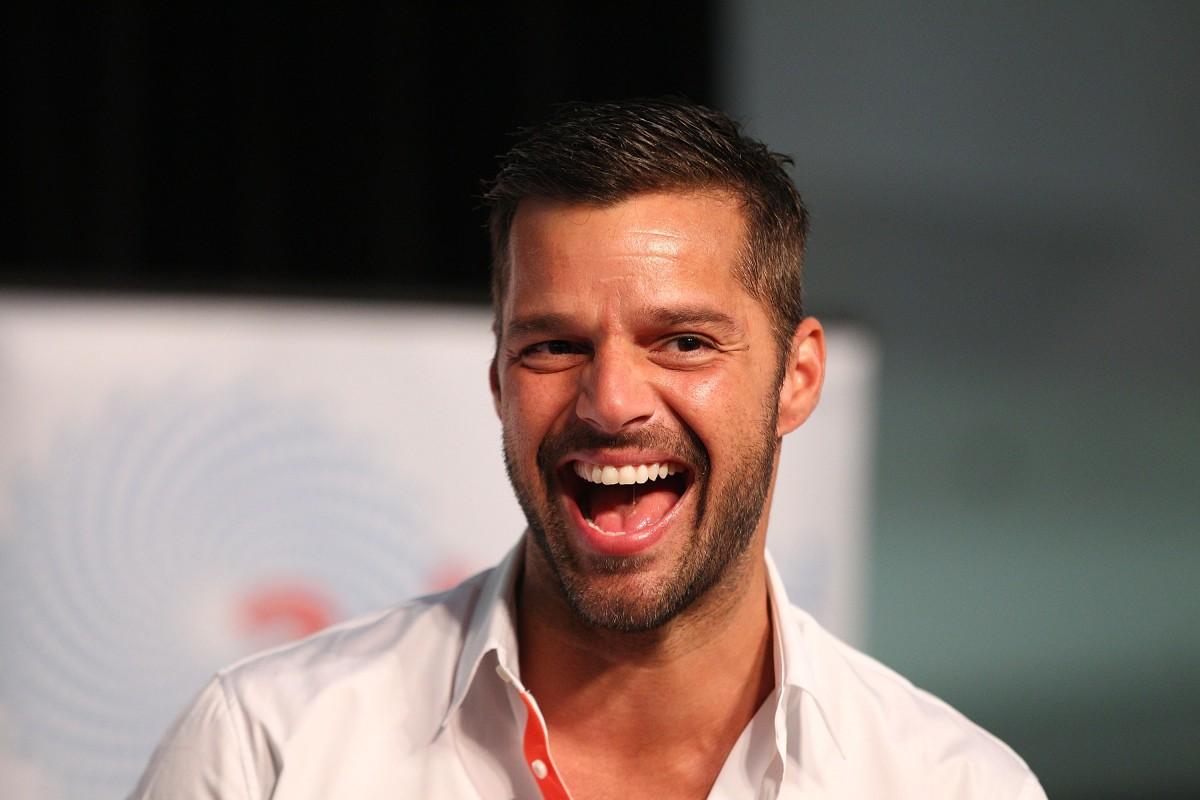 Mujer paga 90.000$ por besar a Ricky Martin