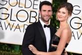 Adam Levine confirmó que será papá con una tiernísima foto