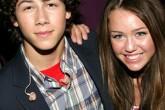 Nick Jonas habla de su relación con Miley Cyrus