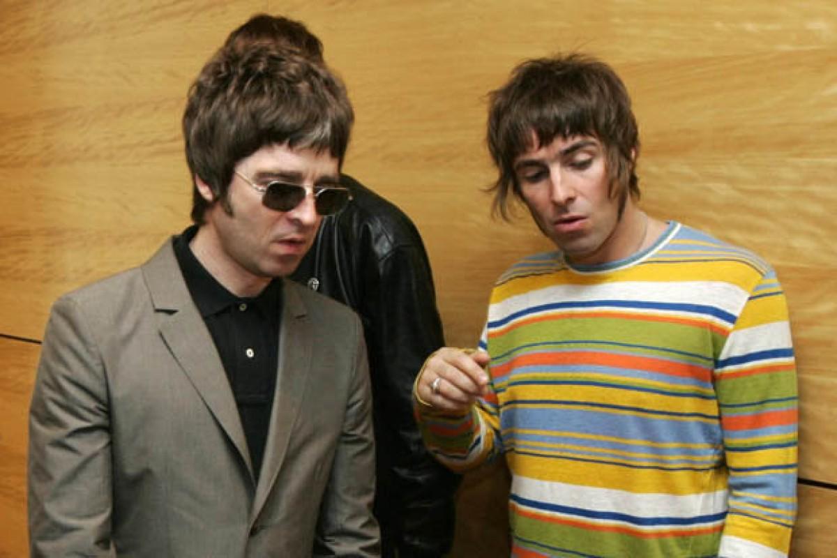 Liam Gallagher atacó a Oasis y a su hermano en Twitter