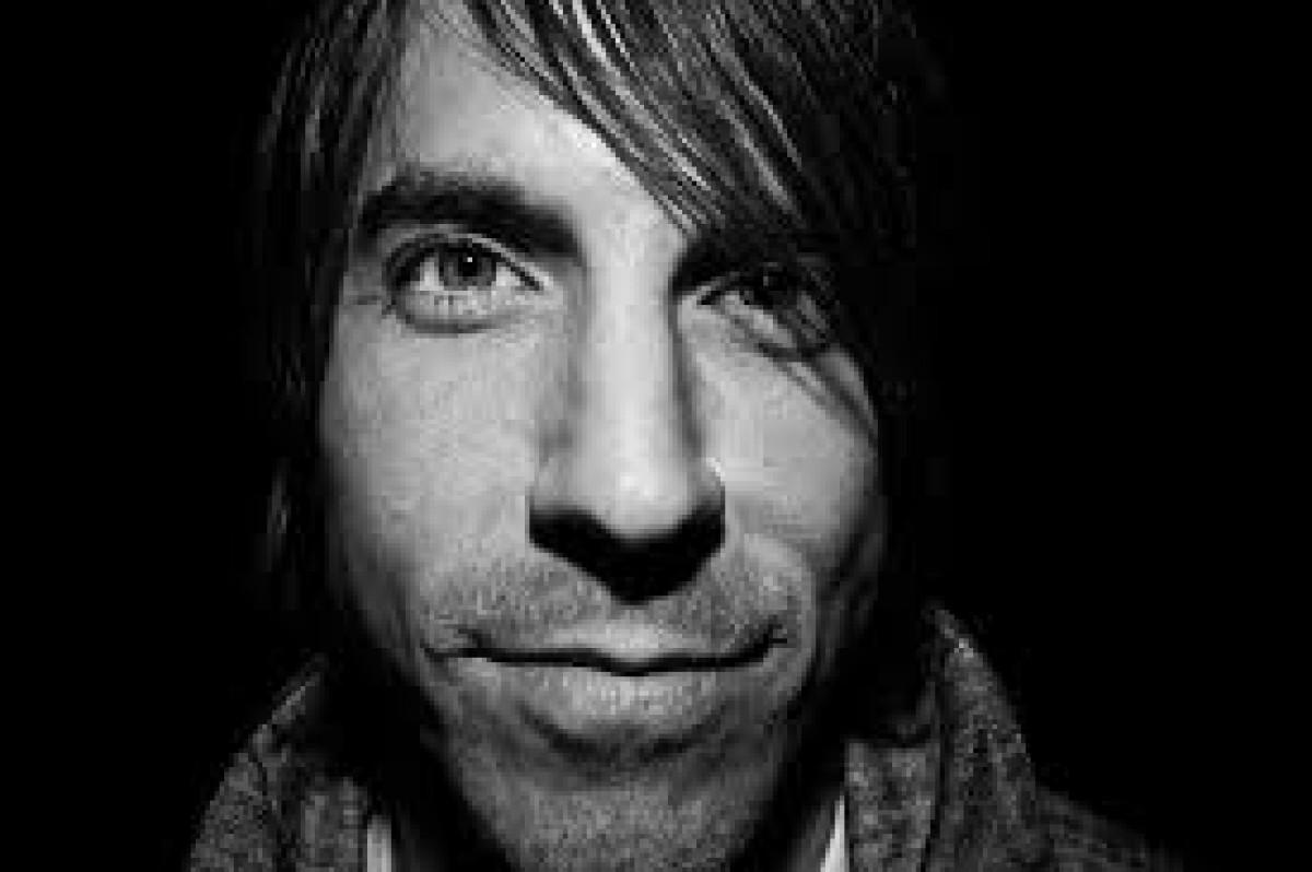 Anthony Kiedis el líder de los Red Hot Chili Peppers fué hospitalizado de urgencia