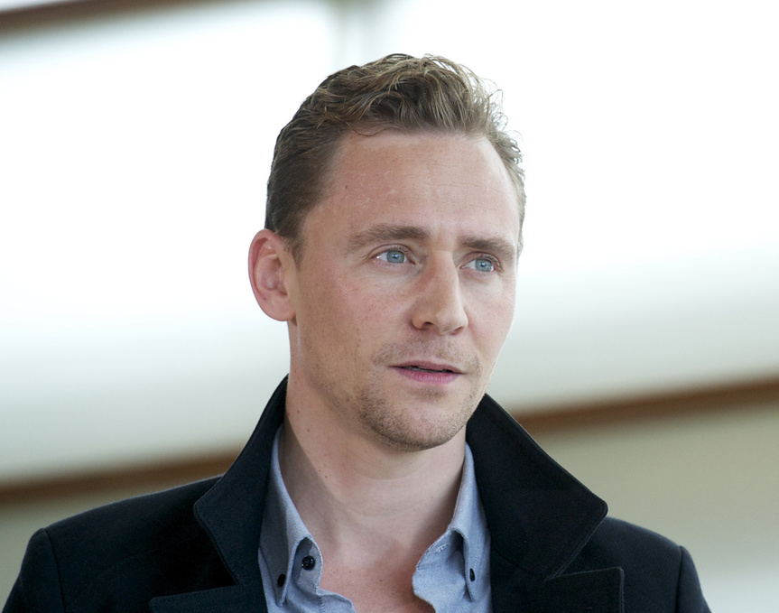 tom_hiddleston_7628_863x