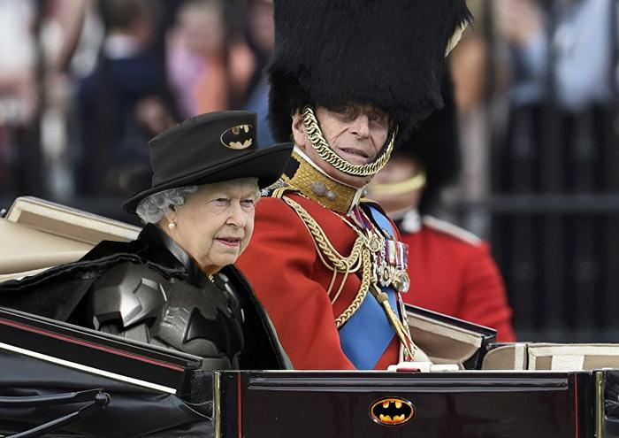 Reina-Inglaterra-pantalla-verde-1