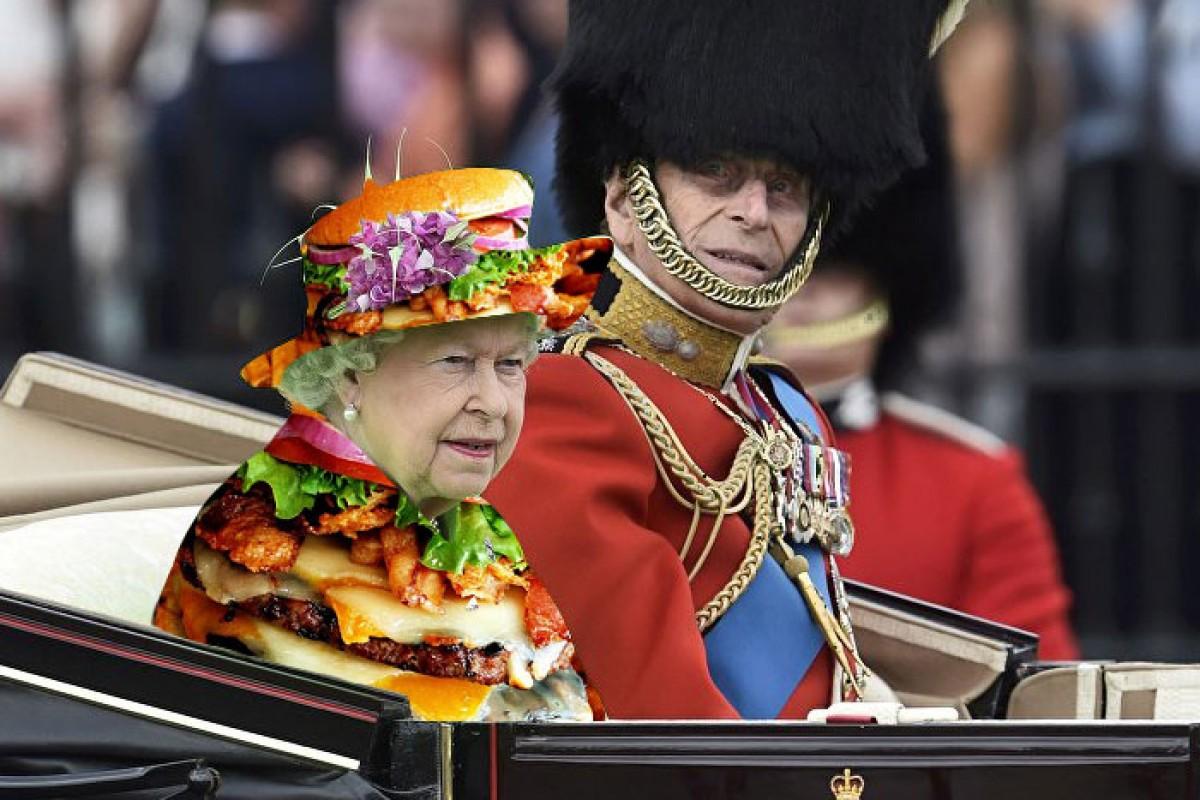 ES VIRAL: Internet no perdona, ni siquiera siendo la Reina Isabel II