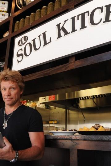 Jon Bon Jovi y su restaurante en el que el cliente paga lo que puede