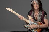 Joe Perry, el guitarrista de Aerosmith fue hospitalizado