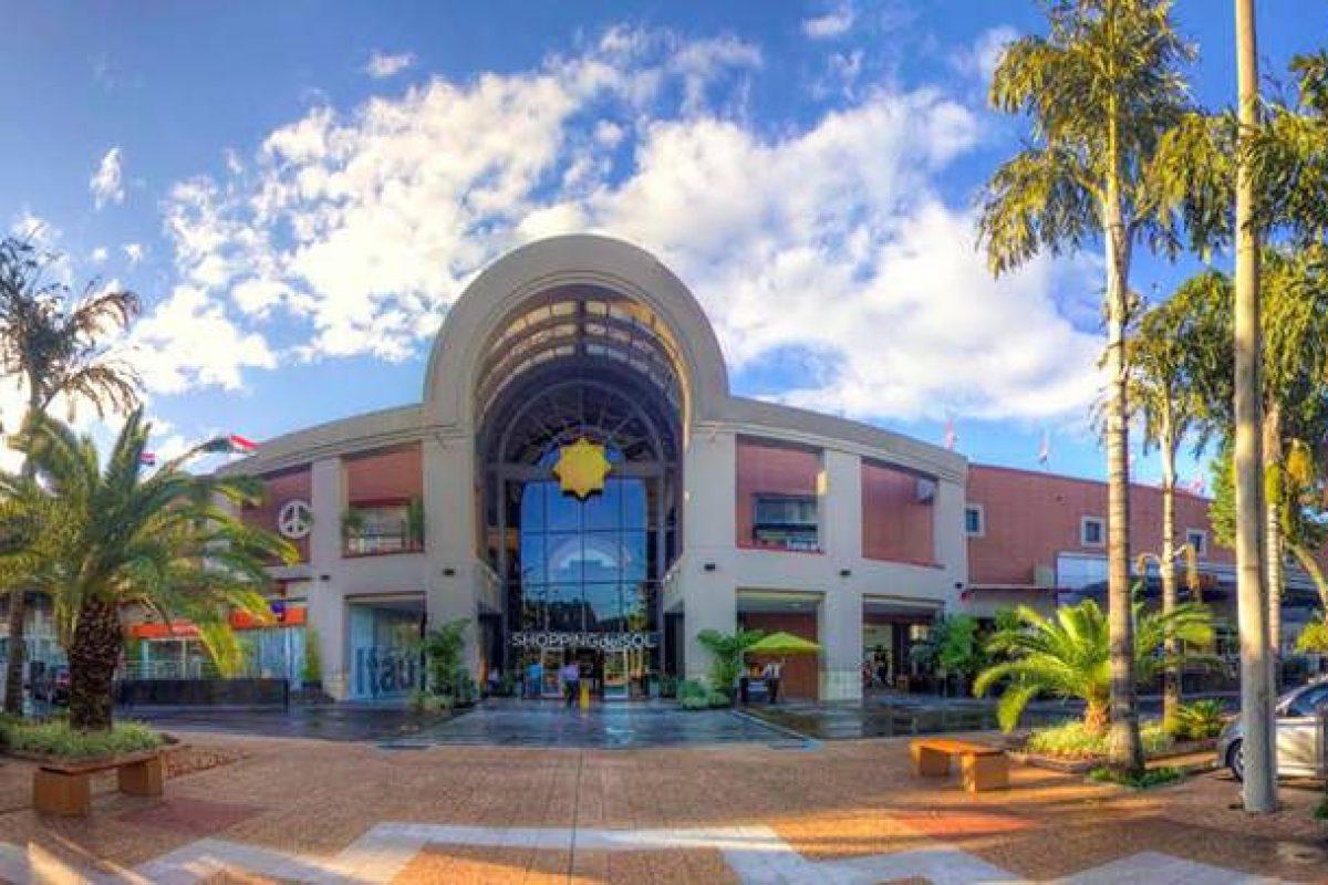 El Shopping del Sol: 21 años irradiando luz
