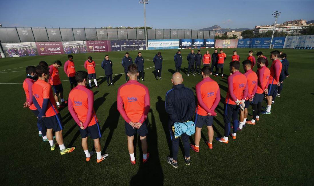 El Barcelona realizó un minuto de silencio antes de su entrenamiento. Imagen: FC Barcelona