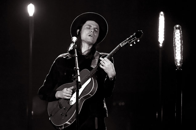 james_bay-ama-show-live-2016-billboard-1548