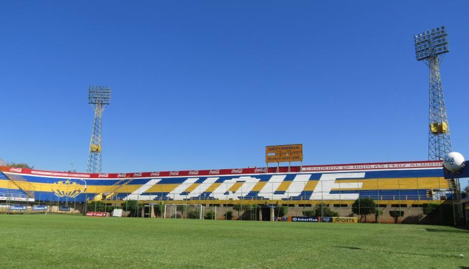 Estadio Feliciano Cáceres.