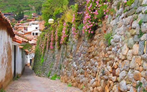 calles-barrio-sanblas-turismo-cusco-peru