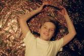 Cruz Beckham presenta el videoclip de 'If Everyday Was Christmas'