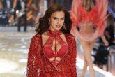 Irina Shayk está embarazada de Bradley Cooper y desfiló su panza para el Victoria's Secret Fashion Show 2016