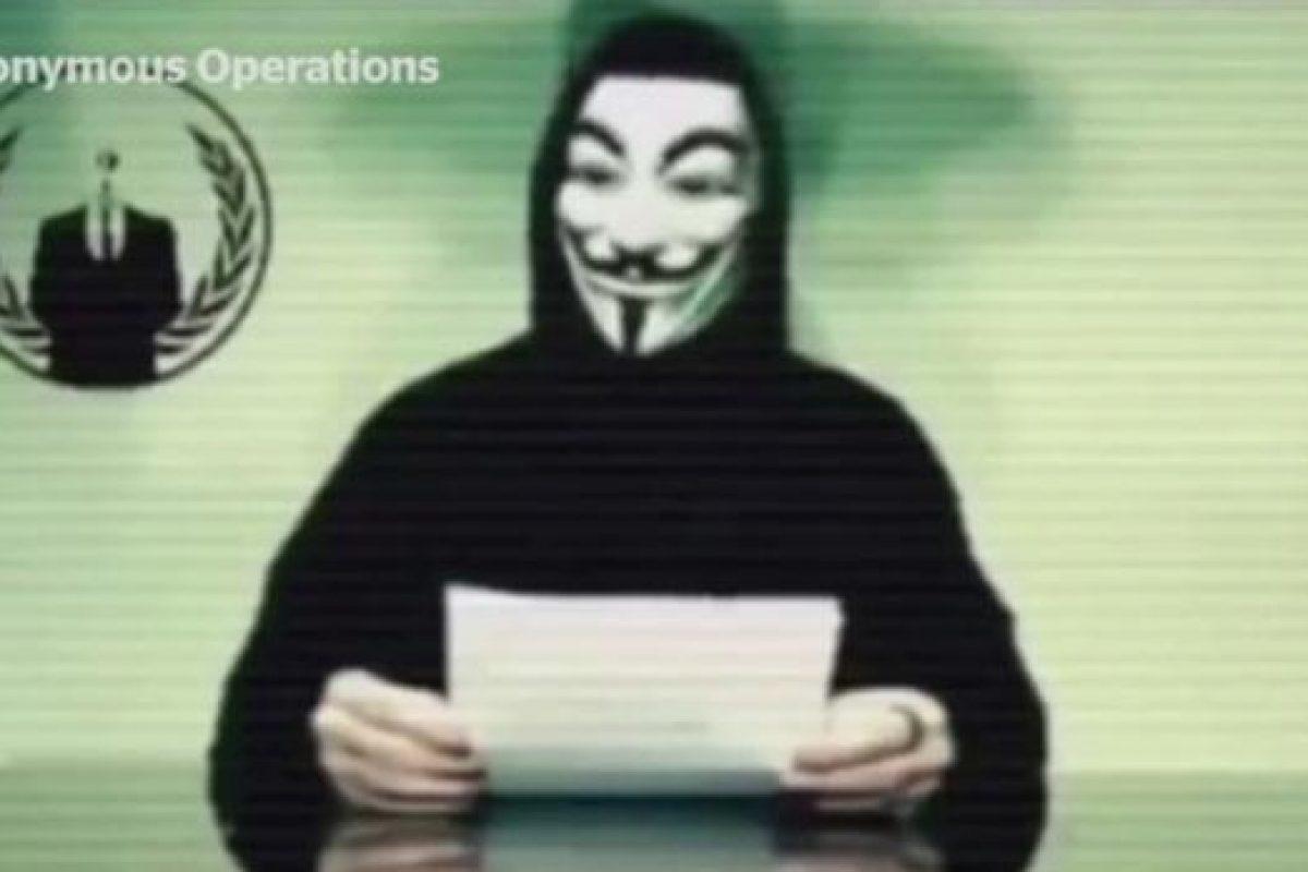 Anonymous amenazó a Donald Trump a horas de su llegada a la Casa Blanca