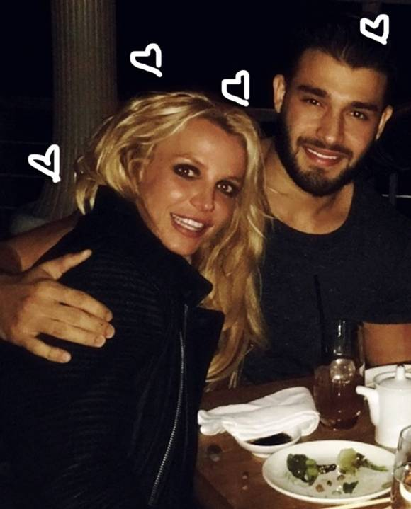 britney-spears-sam-asghari-instagram__oPt