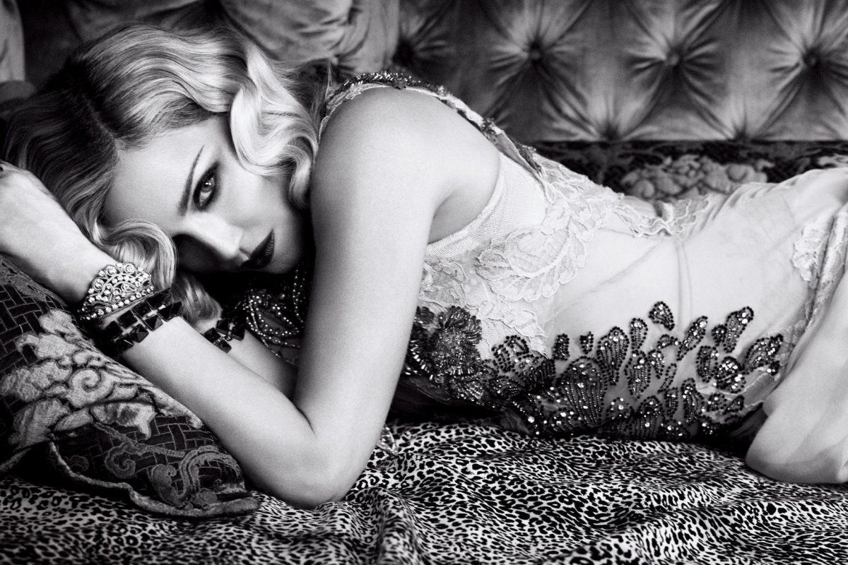 Madonna se convierte en vampira para una producción fotográfica
