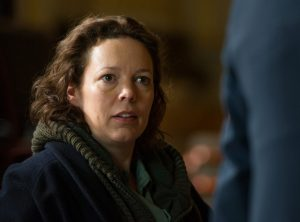 rs_1024x759-170108181846-1024-olivia-colman-the-night-manager-kg-010817