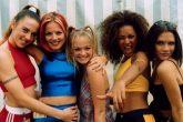 Pequeña reunion de las Spice Girls en año nuevo