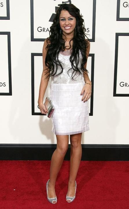 rs_634x1024-150128142427-634-miley-cyrus-grammy-2008.jw.12815