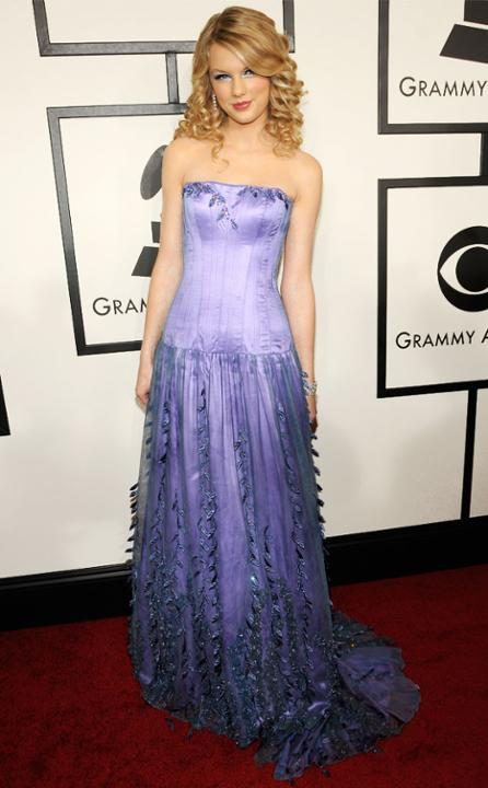 rs_634x1024-150128145732-634-taylor-swift-grammys-2008.jw.12815