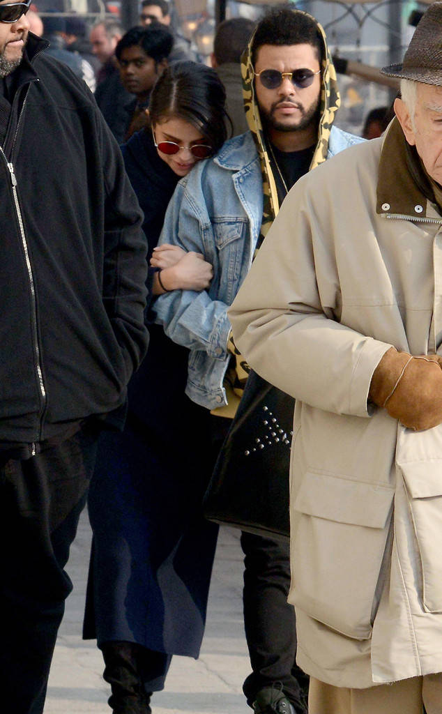 rs_634x1024-170130100310-634.Selena-Gomez-The-Weeknd-Italy-J2R-013017